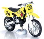 Suzuki 1.32 Scale